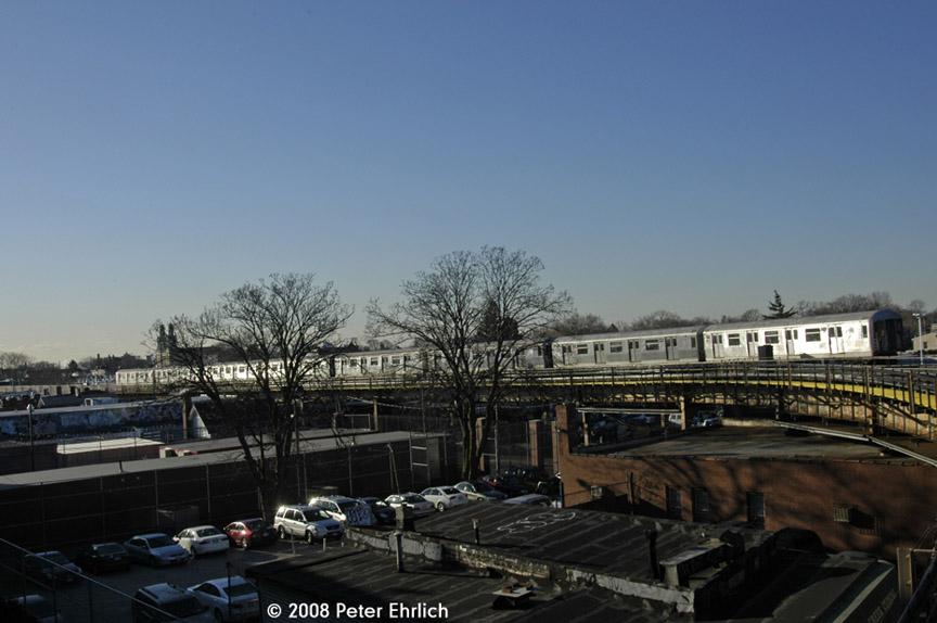 (144k, 864x574)<br><b>Country:</b> United States<br><b>City:</b> New York<br><b>System:</b> New York City Transit<br><b>Line:</b> BMT Nassau Street/Jamaica Line<br><b>Location:</b> Cypress Hills <br><b>Route:</b> J<br><b>Car:</b> R-42 (St. Louis, 1969-1970)  4719 <br><b>Photo by:</b> Peter Ehrlich<br><b>Date:</b> 1/3/2008<br><b>Notes:</b> Leaving Cypress Hills inbound, trailing view.<br><b>Viewed (this week/total):</b> 3 / 1996