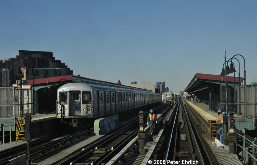 (146k, 864x554)<br><b>Country:</b> United States<br><b>City:</b> New York<br><b>System:</b> New York City Transit<br><b>Line:</b> BMT Nassau Street/Jamaica Line<br><b>Location:</b> Gates Avenue <br><b>Route:</b> J<br><b>Car:</b> R-42 (St. Louis, 1969-1970)  4802 <br><b>Photo by:</b> Peter Ehrlich<br><b>Date:</b> 1/3/2008<br><b>Notes:</b> Gates Avenue outbound.<br><b>Viewed (this week/total):</b> 0 / 2201