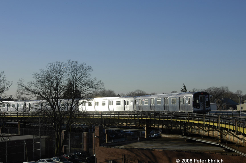 (141k, 864x574)<br><b>Country:</b> United States<br><b>City:</b> New York<br><b>System:</b> New York City Transit<br><b>Line:</b> BMT Nassau Street/Jamaica Line<br><b>Location:</b> Cypress Hills <br><b>Route:</b> Z<br><b>Car:</b> R-160A-1 (Alstom, 2005-2008, 4 car sets)  8336 <br><b>Photo by:</b> Peter Ehrlich<br><b>Date:</b> 1/3/2008<br><b>Notes:</b> Approaching Cypress Hills outbound.<br><b>Viewed (this week/total):</b> 0 / 2045