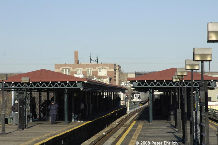 (142k, 864x574)<br><b>Country:</b> United States<br><b>City:</b> New York<br><b>System:</b> New York City Transit<br><b>Line:</b> BMT Astoria Line<br><b>Location:</b> Astoria Boulevard/Hoyt Avenue <br><b>Route:</b> N<br><b>Car:</b> R-160B (Kawasaki, 2005-2008)  8878 <br><b>Photo by:</b> Peter Ehrlich<br><b>Date:</b> 1/3/2008<br><b>Notes:</b> Astoria Blvd. inbound.<br><b>Viewed (this week/total):</b> 0 / 2488