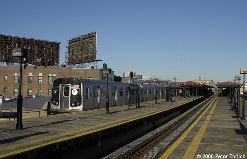 (157k, 864x557)<br><b>Country:</b> United States<br><b>City:</b> New York<br><b>System:</b> New York City Transit<br><b>Line:</b> BMT Astoria Line<br><b>Location:</b> Astoria Boulevard/Hoyt Avenue <br><b>Route:</b> N<br><b>Car:</b> R-160B (Kawasaki, 2005-2008)  8878 <br><b>Photo by:</b> Peter Ehrlich<br><b>Date:</b> 1/3/2008<br><b>Notes:</b> Astoria Blvd. inbound.<br><b>Viewed (this week/total):</b> 0 / 2693