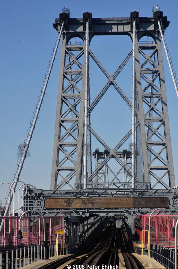 (217k, 574x864)<br><b>Country:</b> United States<br><b>City:</b> New York<br><b>System:</b> New York City Transit<br><b>Line:</b> BMT Nassau Street/Jamaica Line<br><b>Location:</b> Williamsburg Bridge<br><b>Photo by:</b> Peter Ehrlich<br><b>Date:</b> 1/3/2008<br><b>Notes:</b> Approaching Williamsburg Bridge inbound.<br><b>Viewed (this week/total):</b> 0 / 1167