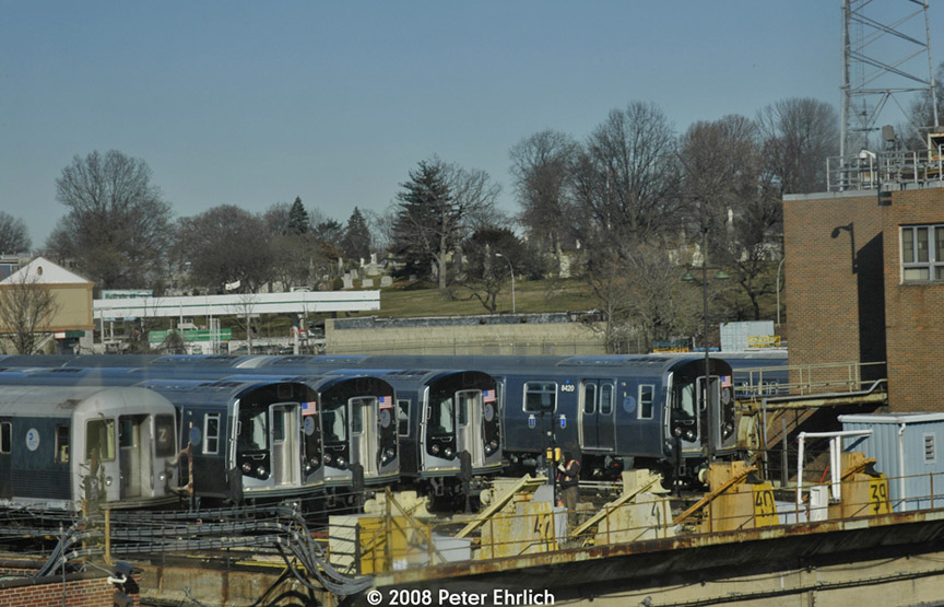 (188k, 864x555)<br><b>Country:</b> United States<br><b>City:</b> New York<br><b>System:</b> New York City Transit<br><b>Location:</b> East New York Yard/Shops<br><b>Photo by:</b> Peter Ehrlich<br><b>Date:</b> 1/3/2008<br><b>Viewed (this week/total):</b> 0 / 939