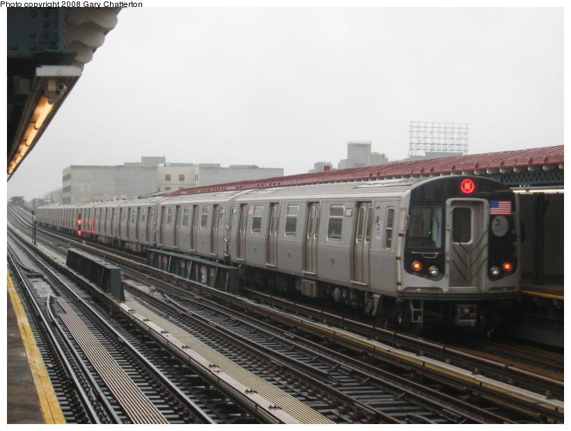 (125k, 820x620)<br><b>Country:</b> United States<br><b>City:</b> New York<br><b>System:</b> New York City Transit<br><b>Line:</b> BMT Astoria Line<br><b>Location:</b> 39th/Beebe Aves. <br><b>Route:</b> N<br><b>Car:</b> R-160B (Kawasaki, 2005-2008)  8807 <br><b>Photo by:</b> Gary Chatterton<br><b>Date:</b> 12/27/2007<br><b>Viewed (this week/total):</b> 1 / 2075
