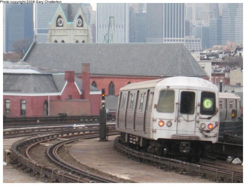 (140k, 820x620)<br><b>Country:</b> United States<br><b>City:</b> New York<br><b>System:</b> New York City Transit<br><b>Line:</b> IND Crosstown Line<br><b>Location:</b> Smith/9th Street <br><b>Route:</b> G<br><b>Car:</b> R-46 (Pullman-Standard, 1974-75) 6086 <br><b>Photo by:</b> Gary Chatterton<br><b>Date:</b> 1/10/2008<br><b>Viewed (this week/total):</b> 0 / 1910