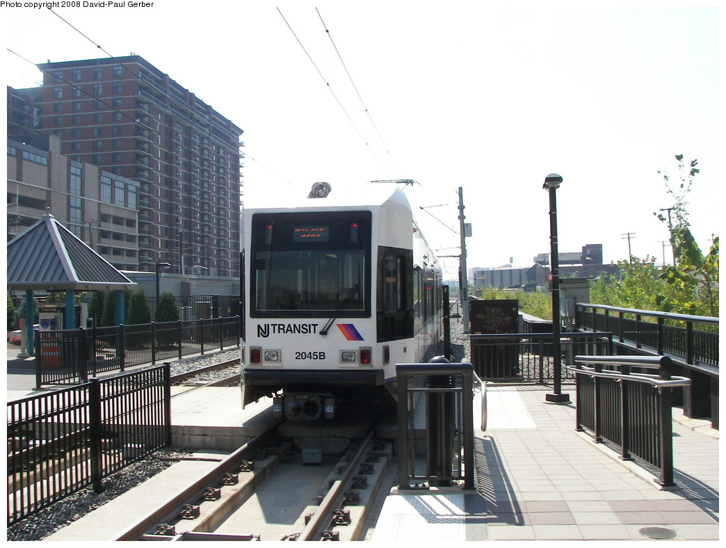 (263k, 1044x788)<br><b>Country:</b> United States<br><b>City:</b> Hoboken, NJ<br><b>System:</b> Hudson Bergen Light Rail<br><b>Location:</b> 2nd Street <br><b>Car:</b> NJT-HBLR LRV (Kinki-Sharyo, 1998-99)  2045 <br><b>Photo by:</b> David-Paul Gerber<br><b>Date:</b> 9/21/2007<br><b>Viewed (this week/total):</b> 0 / 1208