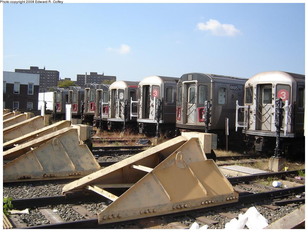 (251k, 1044x788)<br><b>Country:</b> United States<br><b>City:</b> New York<br><b>System:</b> New York City Transit<br><b>Location:</b> Livonia Yard<br><b>Photo by:</b> Edward R. Coffey<br><b>Date:</b> 10/4/2007<br><b>Viewed (this week/total):</b> 0 / 5454