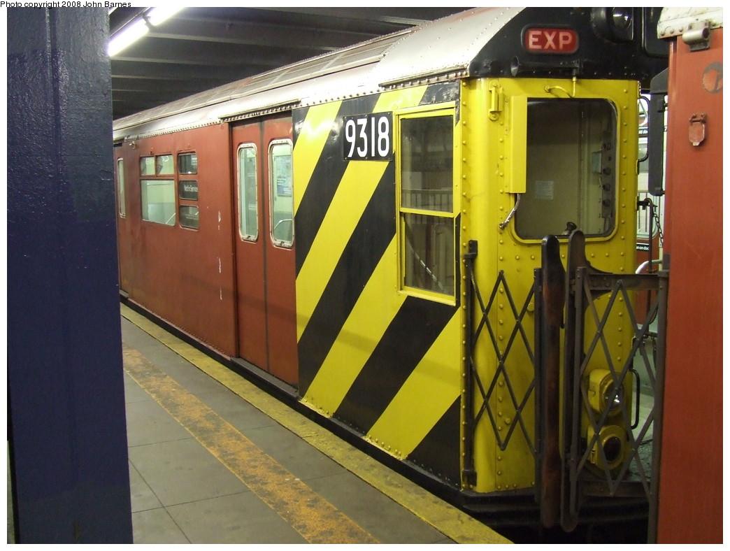 (216k, 1044x788)<br><b>Country:</b> United States<br><b>City:</b> New York<br><b>System:</b> New York City Transit<br><b>Line:</b> IRT Woodlawn Line<br><b>Location:</b> 149th Street/Grand Concourse <br><b>Route:</b> Work Service<br><b>Car:</b> R-33 World's Fair (St. Louis, 1963-64) 9318 <br><b>Photo by:</b> John Barnes<br><b>Date:</b> 4/21/2007<br><b>Viewed (this week/total):</b> 0 / 2219