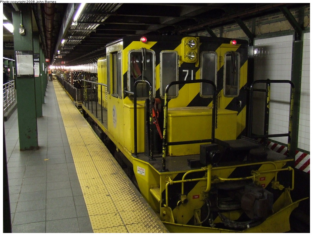 (242k, 1044x788)<br><b>Country:</b> United States<br><b>City:</b> New York<br><b>System:</b> New York City Transit<br><b>Line:</b> IRT West Side Line<br><b>Location:</b> Times Square/42nd Street <br><b>Route:</b> Work Service<br><b>Car:</b> R-52 Locomotive  71 <br><b>Photo by:</b> John Barnes<br><b>Date:</b> 4/21/2007<br><b>Viewed (this week/total):</b> 0 / 2332