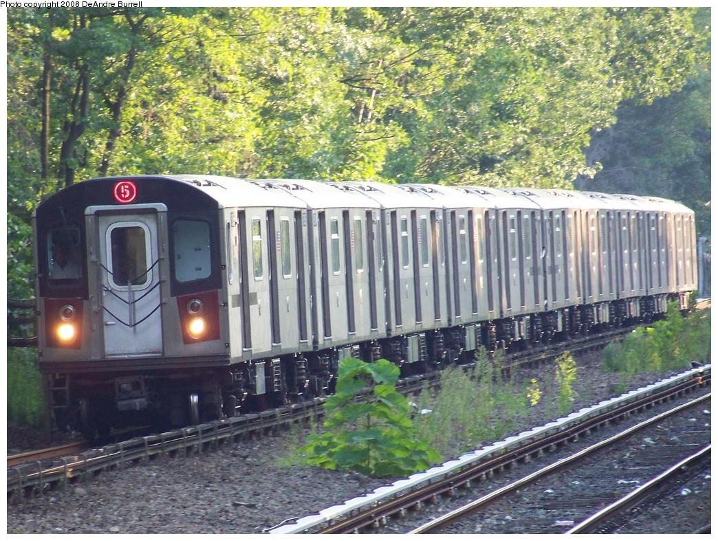 (307k, 1044x787)<br><b>Country:</b> United States<br><b>City:</b> New York<br><b>System:</b> New York City Transit<br><b>Line:</b> IRT Dyre Ave. Line<br><b>Location:</b> Gun Hill Road <br><b>Route:</b> 5<br><b>Car:</b> R-142 (Primary Order, Bombardier, 1999-2002)  6900 <br><b>Photo by:</b> DeAndre Burrell<br><b>Date:</b> 9/3/2007<br><b>Viewed (this week/total):</b> 1 / 4241