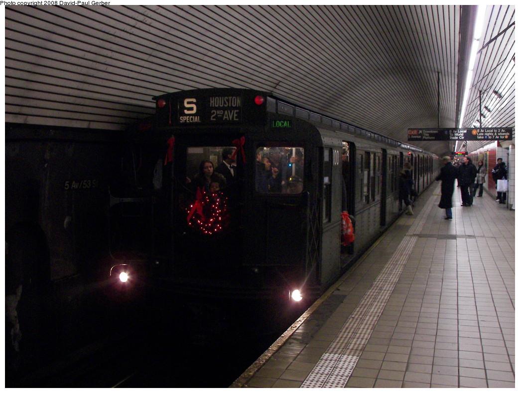 (282k, 1044x788)<br><b>Country:</b> United States<br><b>City:</b> New York<br><b>System:</b> New York City Transit<br><b>Line:</b> IND Queens Boulevard Line<br><b>Location:</b> 5th Avenue/53rd Street <br><b>Route:</b> Museum Train Service (V)<br><b>Car:</b> R-1 (American Car & Foundry, 1930-1931) 100 <br><b>Photo by:</b> David-Paul Gerber<br><b>Date:</b> 12/9/2007<br><b>Notes:</b> Holiday nostalgia train service.<br><b>Viewed (this week/total):</b> 1 / 2189