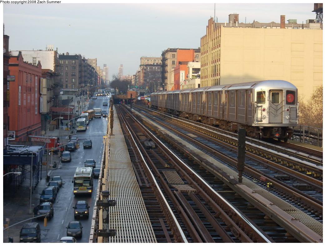 (299k, 1044x788)<br><b>Country:</b> United States<br><b>City:</b> New York<br><b>System:</b> New York City Transit<br><b>Line:</b> IRT West Side Line<br><b>Location:</b> 125th Street <br><b>Route:</b> 1<br><b>Car:</b> R-62A (Bombardier, 1984-1987)   <br><b>Photo by:</b> Zach Summer<br><b>Date:</b> 12/14/2007<br><b>Viewed (this week/total):</b> 0 / 2584