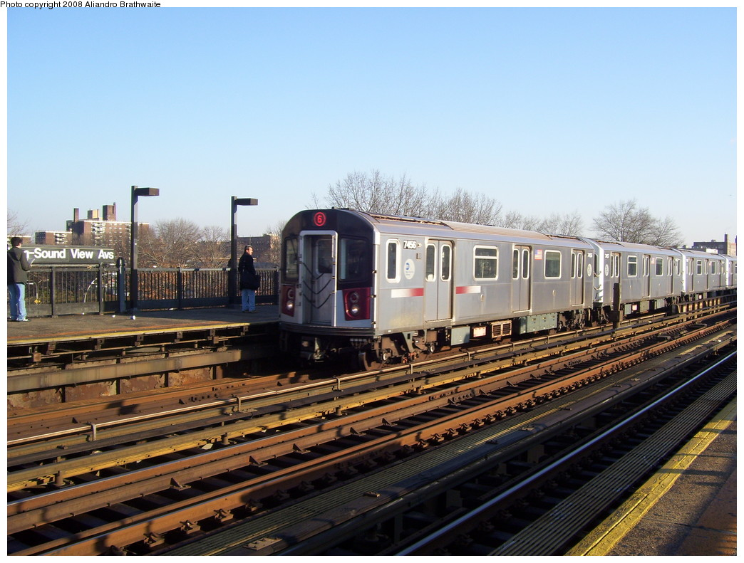 (245k, 1044x791)<br><b>Country:</b> United States<br><b>City:</b> New York<br><b>System:</b> New York City Transit<br><b>Line:</b> IRT Pelham Line<br><b>Location:</b> Morrison/Soundview Aves. <br><b>Route:</b> 6<br><b>Car:</b> R-142A (Primary Order, Kawasaki, 1999-2002)  7456 <br><b>Photo by:</b> Aliandro Brathwaite<br><b>Date:</b> 12/31/2007<br><b>Viewed (this week/total):</b> 0 / 2852