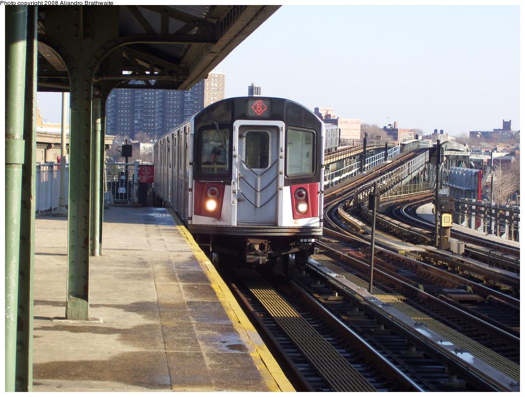 (261k, 1044x791)<br><b>Country:</b> United States<br><b>City:</b> New York<br><b>System:</b> New York City Transit<br><b>Line:</b> IRT Pelham Line<br><b>Location:</b> Westchester Square <br><b>Route:</b> 6<br><b>Car:</b> R-142A (Primary Order, Kawasaki, 1999-2002)  7565 <br><b>Photo by:</b> Aliandro Brathwaite<br><b>Date:</b> 12/31/2007<br><b>Viewed (this week/total):</b> 1 / 3202