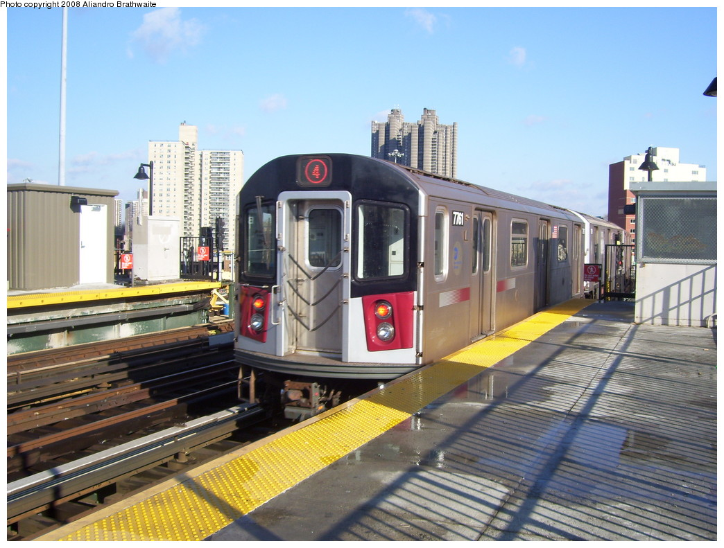(249k, 1044x791)<br><b>Country:</b> United States<br><b>City:</b> New York<br><b>System:</b> New York City Transit<br><b>Line:</b> IRT Woodlawn Line<br><b>Location:</b> Bedford Park Boulevard <br><b>Route:</b> 4<br><b>Car:</b> R-142A (Supplemental Order, Kawasaki, 2003-2004)  7761 <br><b>Photo by:</b> Aliandro Brathwaite<br><b>Date:</b> 12/31/2007<br><b>Viewed (this week/total):</b> 4 / 2989