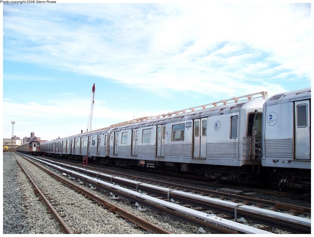 (218k, 1044x788)<br><b>Country:</b> United States<br><b>City:</b> New York<br><b>System:</b> New York City Transit<br><b>Location:</b> 207th Street Yard<br><b>Car:</b> R-42 (St. Louis, 1969-1970)  4904 <br><b>Photo by:</b> Glenn L. Rowe<br><b>Date:</b> 1/17/2008<br><b>Viewed (this week/total):</b> 0 / 1542