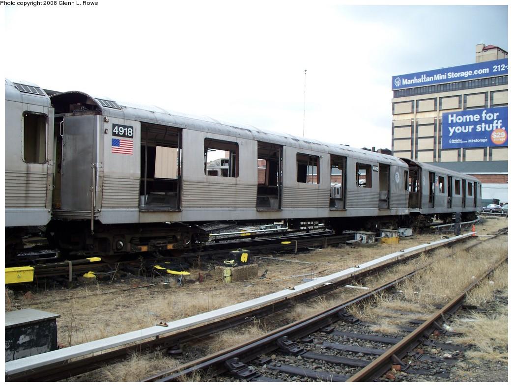(231k, 1044x788)<br><b>Country:</b> United States<br><b>City:</b> New York<br><b>System:</b> New York City Transit<br><b>Location:</b> 207th Street Yard<br><b>Car:</b> R-42 (St. Louis, 1969-1970)  4918 <br><b>Photo by:</b> Glenn L. Rowe<br><b>Date:</b> 1/30/2008<br><b>Viewed (this week/total):</b> 1 / 1606