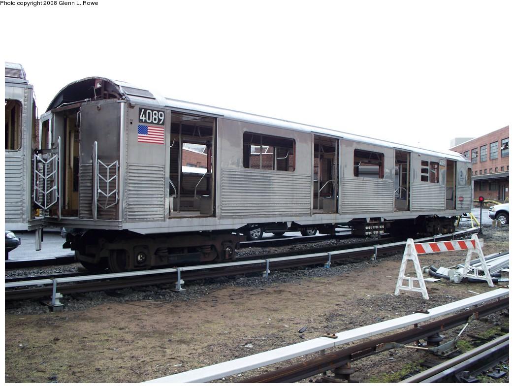 (222k, 1044x788)<br><b>Country:</b> United States<br><b>City:</b> New York<br><b>System:</b> New York City Transit<br><b>Location:</b> 207th Street Yard<br><b>Car:</b> R-38 (St. Louis, 1966-1967)  4089 <br><b>Photo by:</b> Glenn L. Rowe<br><b>Date:</b> 1/30/2008<br><b>Viewed (this week/total):</b> 4 / 3335