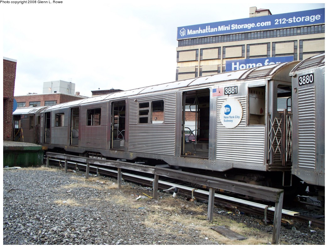 (272k, 1044x788)<br><b>Country:</b> United States<br><b>City:</b> New York<br><b>System:</b> New York City Transit<br><b>Location:</b> 207th Street Yard<br><b>Car:</b> R-32 (GE Rebuild) 3881 <br><b>Photo by:</b> Glenn L. Rowe<br><b>Date:</b> 1/30/2008<br><b>Viewed (this week/total):</b> 0 / 1893