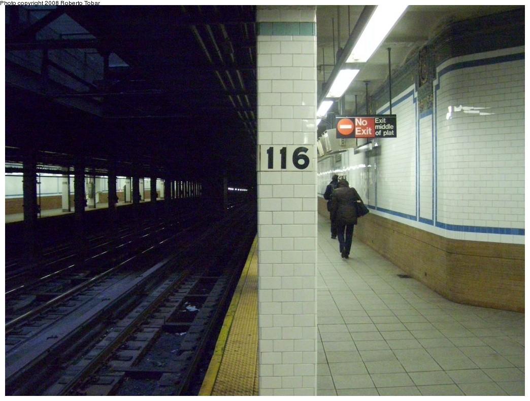 (202k, 1044x791)<br><b>Country:</b> United States<br><b>City:</b> New York<br><b>System:</b> New York City Transit<br><b>Line:</b> IRT West Side Line<br><b>Location:</b> 116th Street/Columbia University <br><b>Photo by:</b> Roberto C. Tobar<br><b>Date:</b> 1/19/2008<br><b>Notes:</b> Platform view.<br><b>Viewed (this week/total):</b> 1 / 2883
