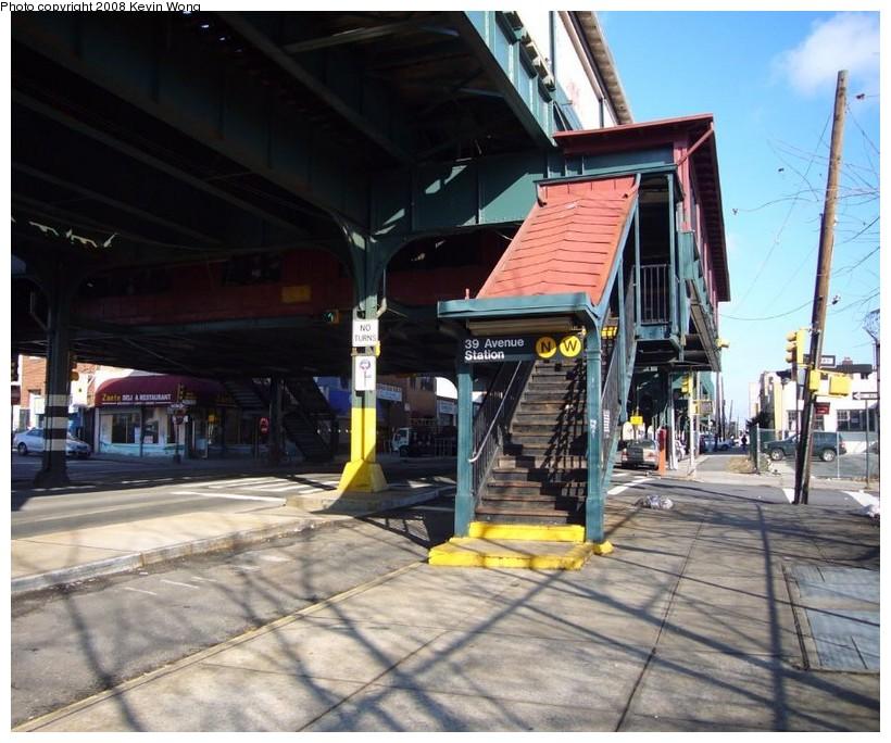 (149k, 820x684)<br><b>Country:</b> United States<br><b>City:</b> New York<br><b>System:</b> New York City Transit<br><b>Line:</b> BMT Astoria Line<br><b>Location:</b> 39th/Beebe Aves. <br><b>Photo by:</b> Kevin Wong<br><b>Date:</b> 12/31/2007<br><b>Notes:</b> Station entrance.<br><b>Viewed (this week/total):</b> 0 / 2335