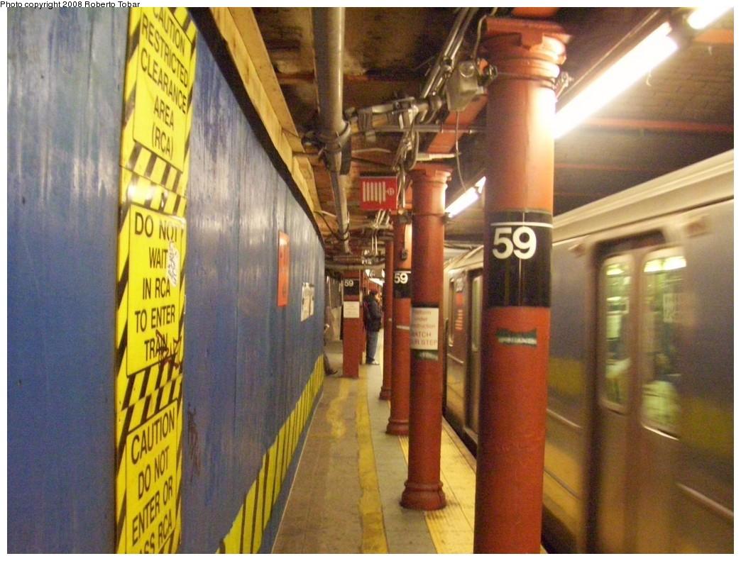 (216k, 1044x791)<br><b>Country:</b> United States<br><b>City:</b> New York<br><b>System:</b> New York City Transit<br><b>Line:</b> IRT West Side Line<br><b>Location:</b> 59th Street/Columbus Circle <br><b>Route:</b> 1<br><b>Car:</b> R-62A (Bombardier, 1984-1987)   <br><b>Photo by:</b> Roberto C. Tobar<br><b>Date:</b> 1/19/2008<br><b>Viewed (this week/total):</b> 2 / 2489