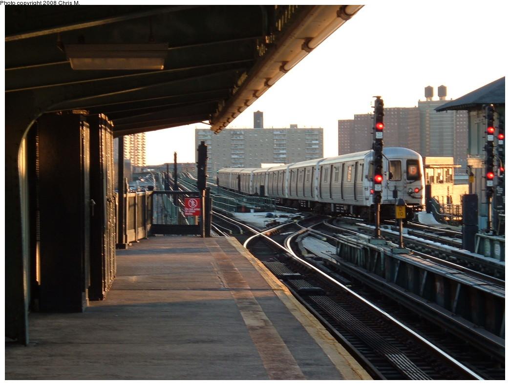 (206k, 1044x788)<br><b>Country:</b> United States<br><b>City:</b> New York<br><b>System:</b> New York City Transit<br><b>Line:</b> BMT Culver Line<br><b>Location:</b> Avenue X <br><b>Route:</b> F<br><b>Car:</b> R-44 (St. Louis, 1971-73)  <br><b>Photo by:</b> Chris M.<br><b>Date:</b> 1/23/2008<br><b>Viewed (this week/total):</b> 3 / 2753