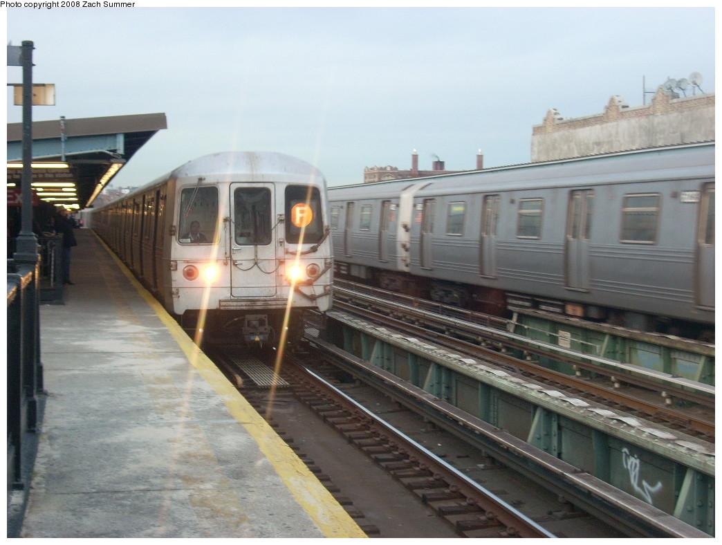 (227k, 1044x788)<br><b>Country:</b> United States<br><b>City:</b> New York<br><b>System:</b> New York City Transit<br><b>Line:</b> BMT Culver Line<br><b>Location:</b> Ditmas Avenue <br><b>Route:</b> F<br><b>Car:</b> R-46 (Pullman-Standard, 1974-75)  <br><b>Photo by:</b> Zach Summer<br><b>Date:</b> 12/15/2007<br><b>Viewed (this week/total):</b> 0 / 1893