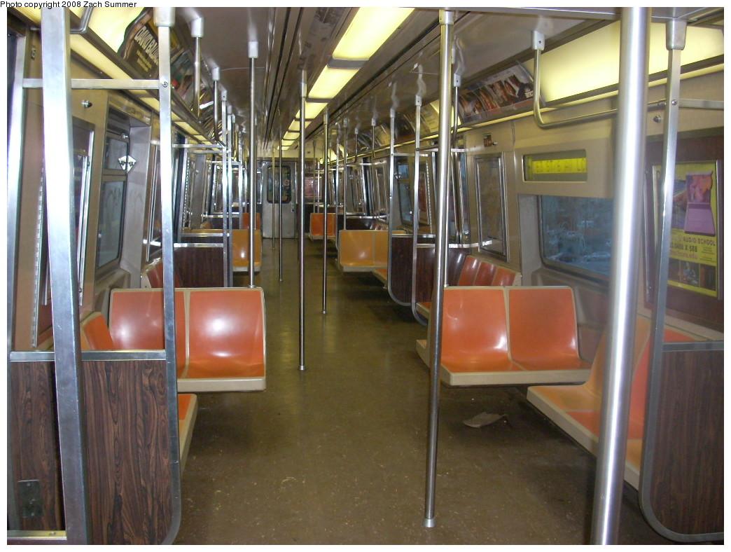 (252k, 1044x788)<br><b>Country:</b> United States<br><b>City:</b> New York<br><b>System:</b> New York City Transit<br><b>Route:</b> F<br><b>Car:</b> R-46 (Pullman-Standard, 1974-75) 6193 <br><b>Photo by:</b> Zach Summer<br><b>Date:</b> 12/15/2007<br><b>Viewed (this week/total):</b> 0 / 1954