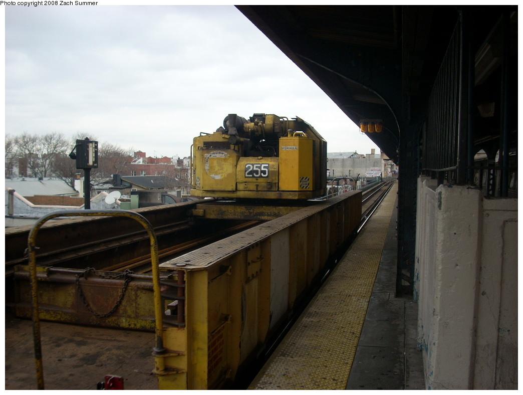 (213k, 1044x788)<br><b>Country:</b> United States<br><b>City:</b> New York<br><b>System:</b> New York City Transit<br><b>Line:</b> BMT Brighton Line<br><b>Location:</b> Brighton Beach <br><b>Route:</b> Work Service<br><b>Car:</b> Crane Car 255 <br><b>Photo by:</b> Zach Summer<br><b>Date:</b> 12/19/2007<br><b>Viewed (this week/total):</b> 2 / 1962