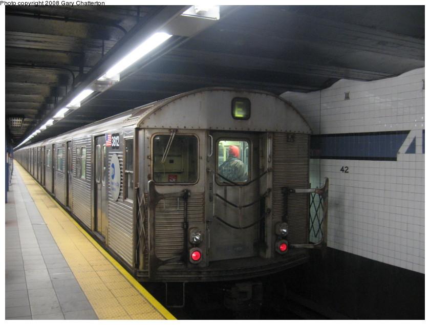 (123k, 840x635)<br><b>Country:</b> United States<br><b>City:</b> New York<br><b>System:</b> New York City Transit<br><b>Line:</b> IND 8th Avenue Line<br><b>Location:</b> 42nd Street/Port Authority Bus Terminal <br><b>Route:</b> E<br><b>Car:</b> R-32 (Budd, 1964)  3812 <br><b>Photo by:</b> Gary Chatterton<br><b>Date:</b> 1/22/2008<br><b>Viewed (this week/total):</b> 0 / 2537