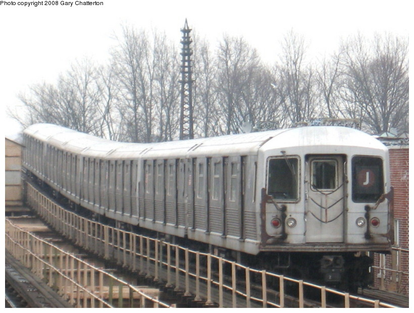 (135k, 820x620)<br><b>Country:</b> United States<br><b>City:</b> New York<br><b>System:</b> New York City Transit<br><b>Line:</b> BMT Nassau Street/Jamaica Line<br><b>Location:</b> Woodhaven Boulevard <br><b>Route:</b> J<br><b>Car:</b> R-42 (St. Louis, 1969-1970)  4618 <br><b>Photo by:</b> Gary Chatterton<br><b>Date:</b> 1/29/2008<br><b>Viewed (this week/total):</b> 0 / 1871