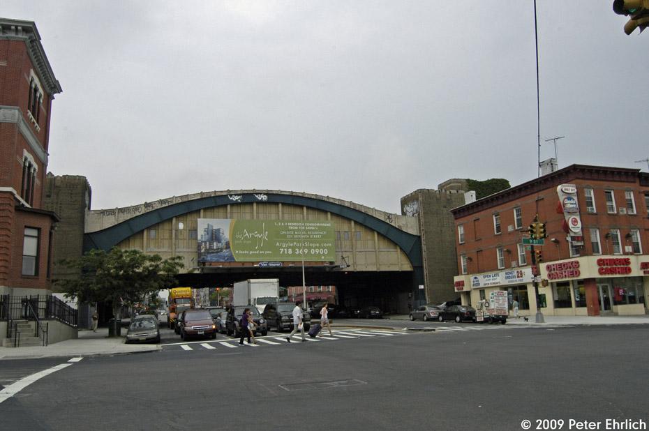 (167k, 930x618)<br><b>Country:</b> United States<br><b>City:</b> New York<br><b>System:</b> New York City Transit<br><b>Line:</b> IND Crosstown Line<br><b>Location:</b> 4th Avenue <br><b>Photo by:</b> Peter Ehrlich<br><b>Date:</b> 7/29/2009<br><b>Notes:</b> Exterior of station.<br><b>Viewed (this week/total):</b> 3 / 1780