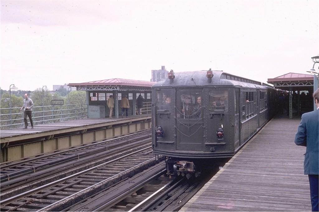 (171k, 1024x679)<br><b>Country:</b> United States<br><b>City:</b> New York<br><b>System:</b> New York City Transit<br><b>Line:</b> 3rd Avenue El<br><b>Location:</b> 210th Street <br><b>Route:</b> Fan Trip<br><b>Car:</b> Low-V (Museum Train) 5290 <br><b>Photo by:</b> Steve Zabel<br><b>Collection of:</b> Joe Testagrose<br><b>Date:</b> 4/29/1973<br><b>Notes:</b> Fantrip held day after closure of 3rd Avenue El<br><b>Viewed (this week/total):</b> 2 / 3471