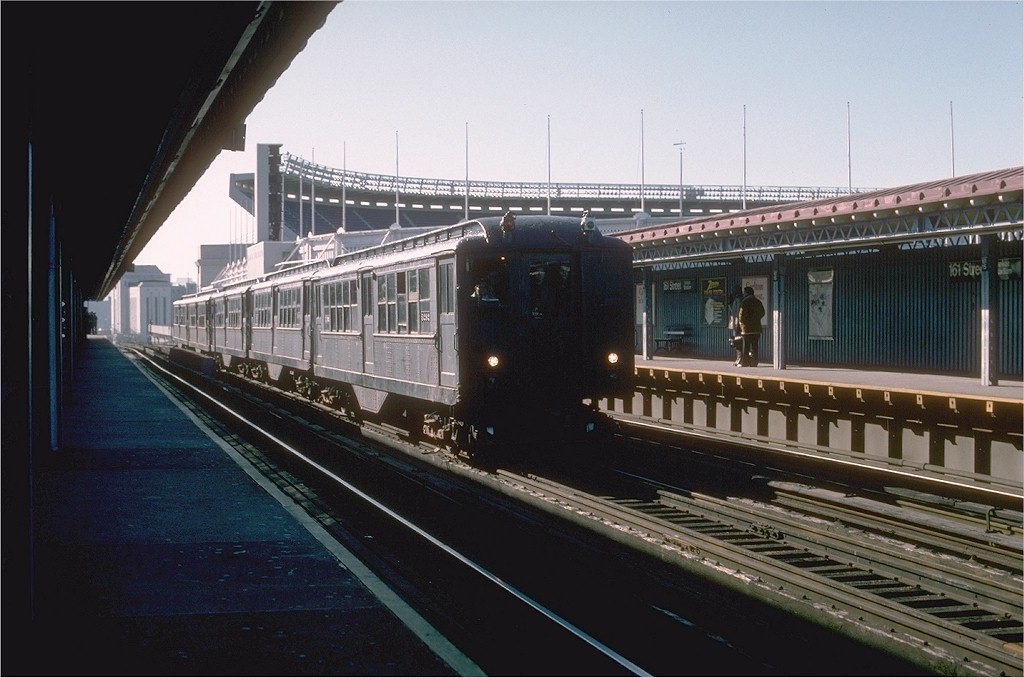 (171k, 1024x678)<br><b>Country:</b> United States<br><b>City:</b> New York<br><b>System:</b> New York City Transit<br><b>Line:</b> IRT Woodlawn Line<br><b>Location:</b> 161st Street/River Avenue (Yankee Stadium) <br><b>Route:</b> Fan Trip<br><b>Car:</b> Low-V (Museum Train) 5292 <br><b>Photo by:</b> Joe Testagrose<br><b>Date:</b> 12/11/1977<br><b>Viewed (this week/total):</b> 0 / 4910