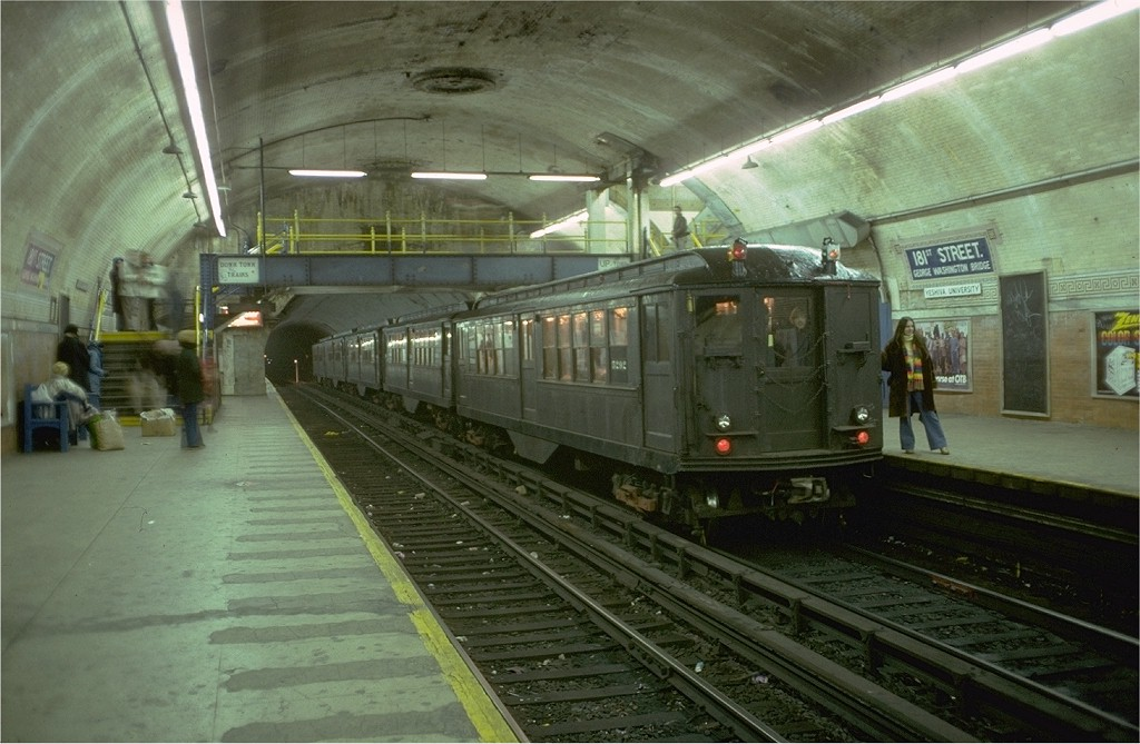 (183k, 1024x669)<br><b>Country:</b> United States<br><b>City:</b> New York<br><b>System:</b> New York City Transit<br><b>Line:</b> IRT West Side Line<br><b>Location:</b> 181st Street <br><b>Route:</b> Fan Trip<br><b>Car:</b> Low-V (Museum Train) 5292 <br><b>Photo by:</b> Doug Grotjahn<br><b>Collection of:</b> Joe Testagrose<br><b>Date:</b> 12/11/1977<br><b>Viewed (this week/total):</b> 0 / 5296