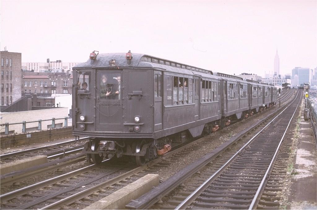 (172k, 1024x681)<br><b>Country:</b> United States<br><b>City:</b> New York<br><b>System:</b> New York City Transit<br><b>Line:</b> IRT Flushing Line<br><b>Location:</b> 46th Street/Bliss Street<br><b>Route:</b> Fan Trip<br><b>Car:</b> Low-V (Museum Train) 5292 <br><b>Photo by:</b> Joe Testagrose<br><b>Date:</b> 5/26/1974<br><b>Viewed (this week/total):</b> 1 / 3551