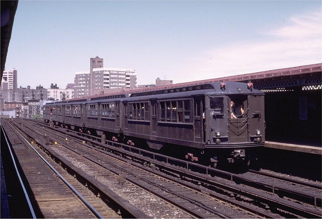 (218k, 1024x696)<br><b>Country:</b> United States<br><b>City:</b> New York<br><b>System:</b> New York City Transit<br><b>Line:</b> IRT Woodlawn Line<br><b>Location:</b> Bedford Park Boulevard <br><b>Route:</b> Fan Trip<br><b>Car:</b> Low-V (Museum Train) 5292 <br><b>Photo by:</b> Joe Testagrose<br><b>Date:</b> 8/5/1972<br><b>Viewed (this week/total):</b> 0 / 2770