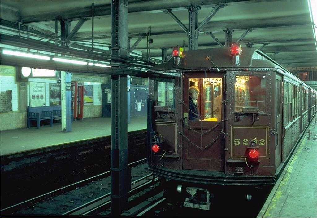 (209k, 1024x703)<br><b>Country:</b> United States<br><b>City:</b> New York<br><b>System:</b> New York City Transit<br><b>Line:</b> IRT Brooklyn Line<br><b>Location:</b> Borough Hall (East Side Branch) <br><b>Route:</b> Fan Trip<br><b>Car:</b> Low-V (Museum Train) 5292 <br><b>Photo by:</b> Joe Testagrose<br><b>Date:</b> 11/3/1979<br><b>Viewed (this week/total):</b> 0 / 5060