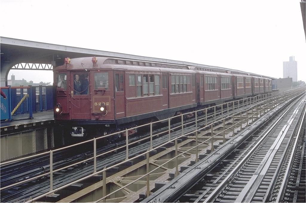 (196k, 1024x678)<br><b>Country:</b> United States<br><b>City:</b> New York<br><b>System:</b> New York City Transit<br><b>Line:</b> BMT Myrtle Avenue Line<br><b>Location:</b> Central Avenue <br><b>Route:</b> Fan Trip<br><b>Car:</b> Low-V (Museum Train) 5292 <br><b>Photo by:</b> Doug Grotjahn<br><b>Collection of:</b> Joe Testagrose<br><b>Date:</b> 5/12/1979<br><b>Viewed (this week/total):</b> 0 / 3889