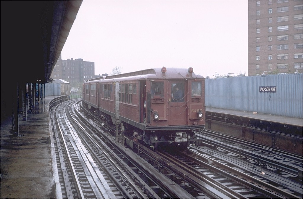 (170k, 1024x672)<br><b>Country:</b> United States<br><b>City:</b> New York<br><b>System:</b> New York City Transit<br><b>Line:</b> IRT White Plains Road Line<br><b>Location:</b> Jackson Avenue <br><b>Route:</b> Fan Trip<br><b>Car:</b> Low-V (Museum Train) 5292 <br><b>Photo by:</b> Steve Zabel<br><b>Collection of:</b> Joe Testagrose<br><b>Date:</b> 11/3/1979<br><b>Viewed (this week/total):</b> 0 / 3734