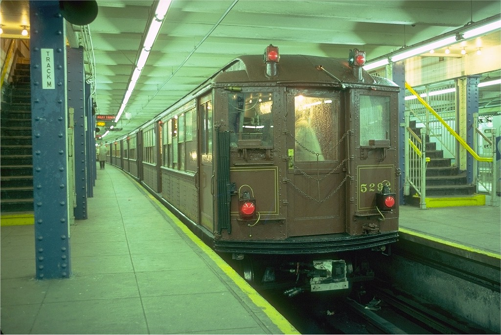 (211k, 1024x685)<br><b>Country:</b> United States<br><b>City:</b> New York<br><b>System:</b> New York City Transit<br><b>Line:</b> IRT Flushing Line<br><b>Location:</b> Main Street/Flushing <br><b>Route:</b> Fan Trip<br><b>Car:</b> Low-V (Museum Train) 5292 <br><b>Photo by:</b> Doug Grotjahn<br><b>Collection of:</b> Joe Testagrose<br><b>Date:</b> 6/3/1979<br><b>Viewed (this week/total):</b> 1 / 5349