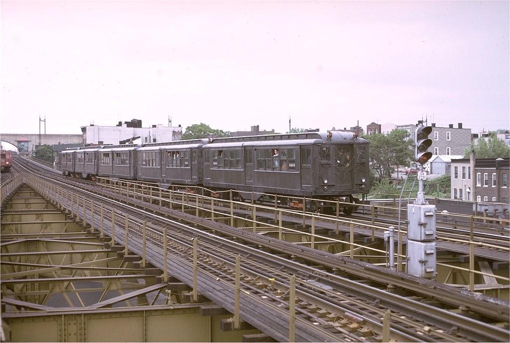 (209k, 1024x688)<br><b>Country:</b> United States<br><b>City:</b> New York<br><b>System:</b> New York City Transit<br><b>Line:</b> BMT Astoria Line<br><b>Location:</b> Astoria Boulevard/Hoyt Avenue<br><b>Route:</b> Fan Trip<br><b>Car:</b> Low-V (Museum Train) 5483 <br><b>Photo by:</b> Joe Testagrose<br><b>Date:</b> 5/26/1974<br><b>Viewed (this week/total):</b> 4 / 3947
