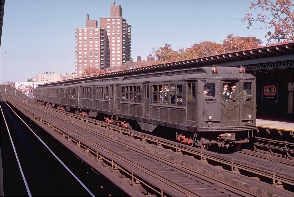 (228k, 1024x688)<br><b>Country:</b> United States<br><b>City:</b> New York<br><b>System:</b> New York City Transit<br><b>Line:</b> IRT White Plains Road Line<br><b>Location:</b> Pelham Parkway <br><b>Route:</b> Fan Trip<br><b>Car:</b> Low-V (Museum Train) 5483 <br><b>Photo by:</b> Joe Testagrose<br><b>Date:</b> 10/27/1974<br><b>Viewed (this week/total):</b> 1 / 4014