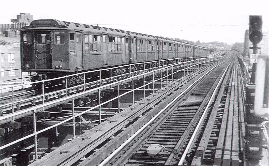 (240k, 1024x635)<br><b>Country:</b> United States<br><b>City:</b> New York<br><b>System:</b> New York City Transit<br><b>Line:</b> IRT Brooklyn Line<br><b>Location:</b> Saratoga Avenue <br><b>Route:</b> 2<br><b>Car:</b> Low-V Worlds Fair 5676 <br><b>Photo by:</b> Harry Pinsker<br><b>Date:</b> 7/1958<br><b>Viewed (this week/total):</b> 0 / 5135