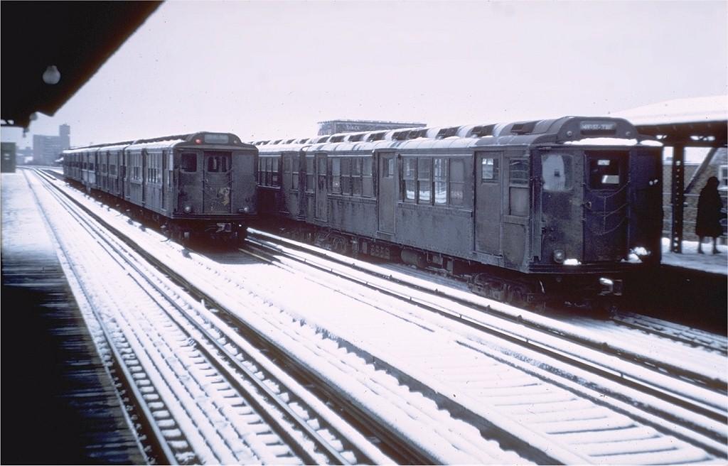 (162k, 1024x656)<br><b>Country:</b> United States<br><b>City:</b> New York<br><b>System:</b> New York City Transit<br><b>Line:</b> 3rd Avenue El<br><b>Location:</b> 204th Street <br><b>Car:</b> Low-V Worlds Fair 5683 <br><b>Photo by:</b> Steve Zabel<br><b>Collection of:</b> Joe Testagrose<br><b>Date:</b> 3/1/1968<br><b>Viewed (this week/total):</b> 4 / 4571