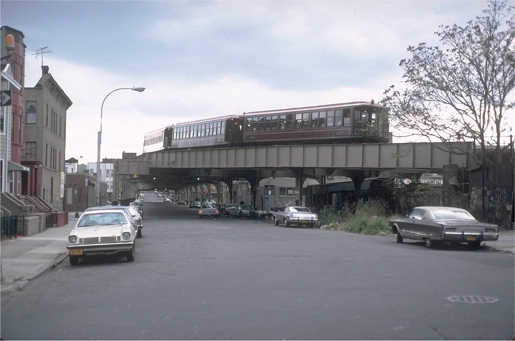 (174k, 1024x679)<br><b>Country:</b> United States<br><b>City:</b> New York<br><b>System:</b> New York City Transit<br><b>Line:</b> BMT West End Line<br><b>Location:</b> 9th Avenue <br><b>Route:</b> Fan Trip<br><b>Car:</b> BMT Elevated Gate Car 1407-1273-1404 <br><b>Photo by:</b> Steve Zabel<br><b>Collection of:</b> Joe Testagrose<br><b>Date:</b> 11/1/1980<br><b>Viewed (this week/total):</b> 1 / 5773