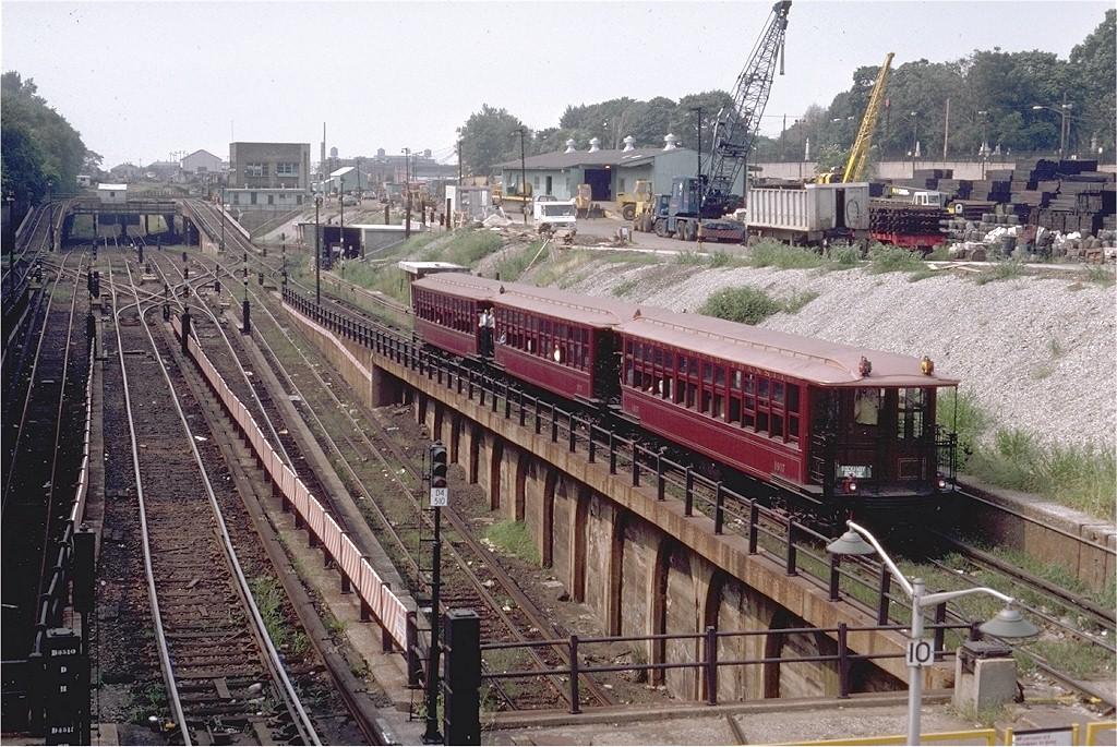 (282k, 1024x685)<br><b>Country:</b> United States<br><b>City:</b> New York<br><b>System:</b> New York City Transit<br><b>Line:</b> BMT West End Line<br><b>Location:</b> 9th Avenue <br><b>Route:</b> Fan Trip<br><b>Car:</b> BMT Elevated Gate Car 1407-1273-1404 <br><b>Photo by:</b> Steve Zabel<br><b>Collection of:</b> Joe Testagrose<br><b>Date:</b> 8/30/1980<br><b>Viewed (this week/total):</b> 0 / 4128