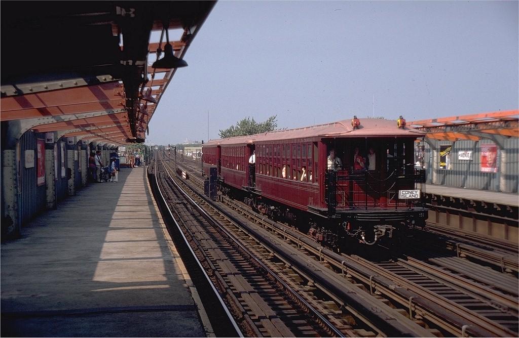 (215k, 1024x668)<br><b>Country:</b> United States<br><b>City:</b> New York<br><b>System:</b> New York City Transit<br><b>Line:</b> BMT Culver Line<br><b>Location:</b> Avenue X <br><b>Route:</b> Fan Trip<br><b>Car:</b> BMT Elevated Gate Car 1407-1273-1404 <br><b>Photo by:</b> Steve Zabel<br><b>Collection of:</b> Joe Testagrose<br><b>Date:</b> 9/1/1980<br><b>Viewed (this week/total):</b> 0 / 3399