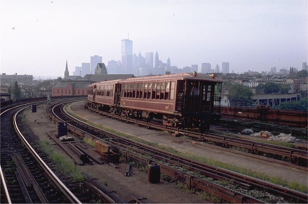 (217k, 1024x681)<br><b>Country:</b> United States<br><b>City:</b> New York<br><b>System:</b> New York City Transit<br><b>Line:</b> IND Crosstown Line<br><b>Location:</b> Smith/9th Street <br><b>Route:</b> Fan Trip<br><b>Car:</b> BMT Elevated Gate Car 1407-1273-1404 <br><b>Photo by:</b> Doug Grotjahn<br><b>Collection of:</b> Joe Testagrose<br><b>Date:</b> 8/30/1980<br><b>Viewed (this week/total):</b> 0 / 10174